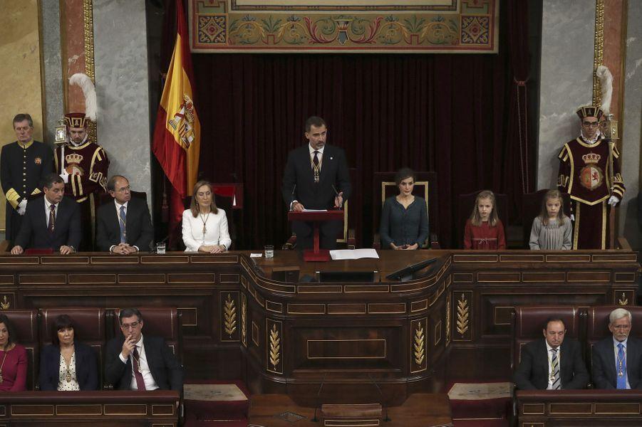 Le roi Felipe VI, la reine Letizia et les princesses Leonor et Sofia d'Espagne à Madrid, le 17 novembre 2016