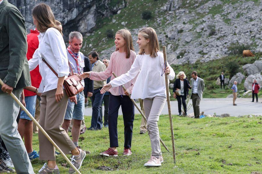 La reine Letizia et les princesses Leonor et Sofia d'Espagne dans les Asturies, le 8 septembre 2018