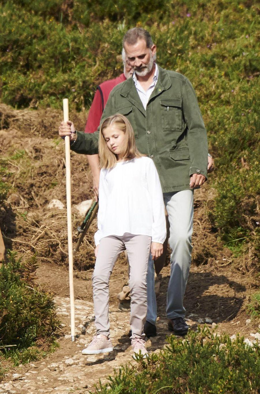 La princesse Leonor et le roi Felipe VI d'Espagne dans les Asturies, le 8 septembre 2018