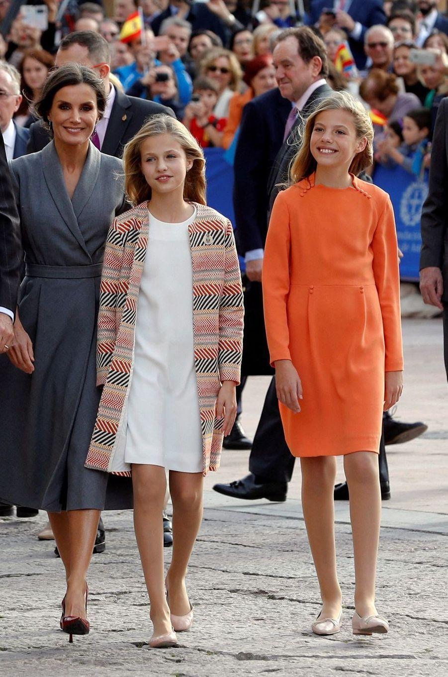 La reine Letizia et les princesses Leonor et Sofia d'Espagne à Oviedo, le 17 octobre 2019