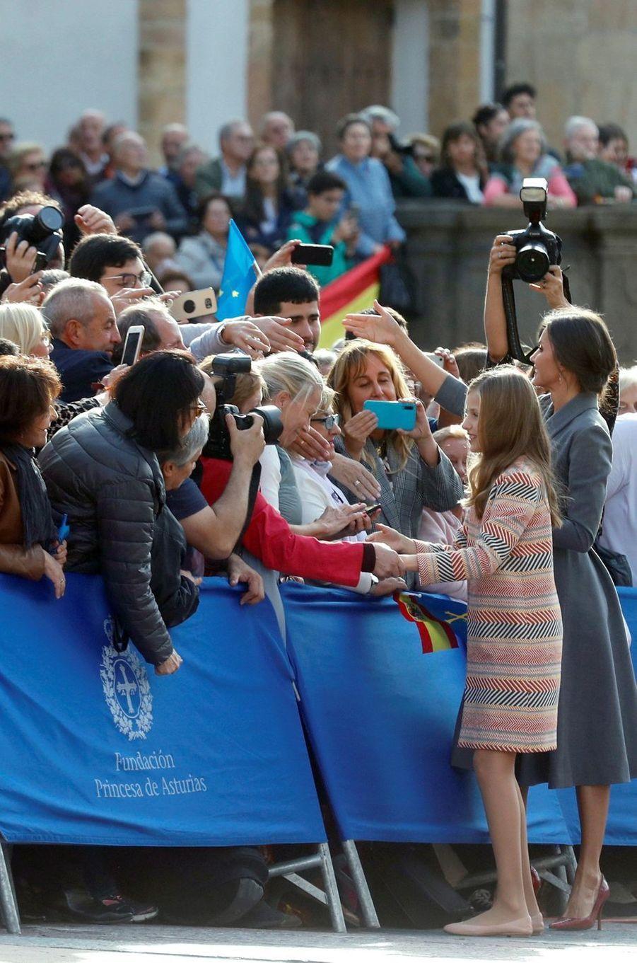 La princesse Leonor et la reine Letizia d'Espagne à Oviedo, le 17 octobre 2019