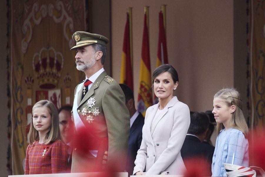 La princesse Leonor d'Espagne pour la première fois à droite de son père à la Fête nationale, le 18 octobre 2018