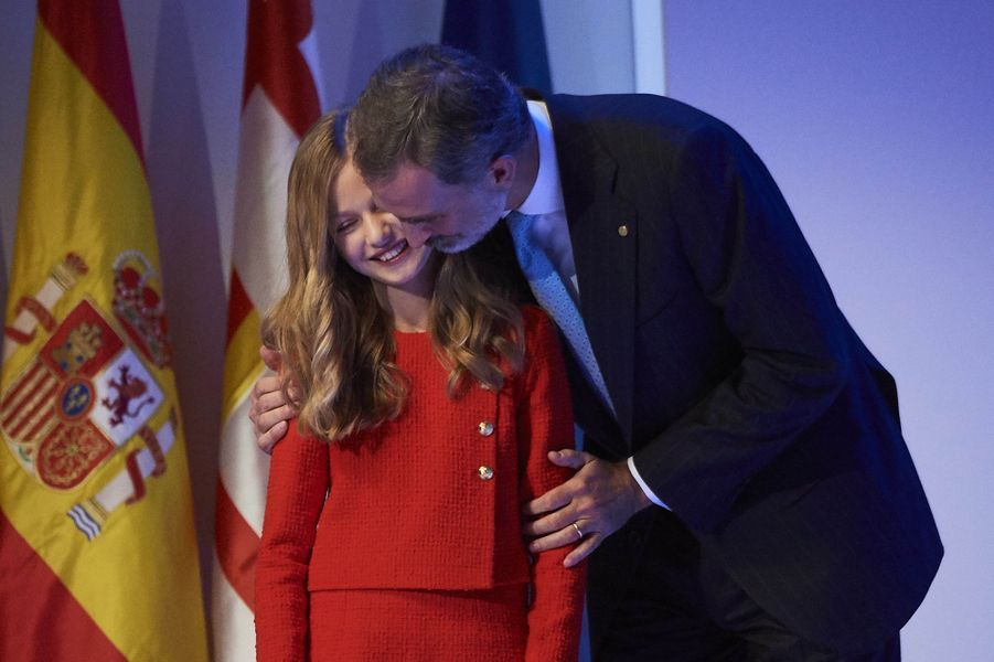La princesse Leonor d'Espagne et le roi Felipe VI à Barcelone, le 4 novembre 2019