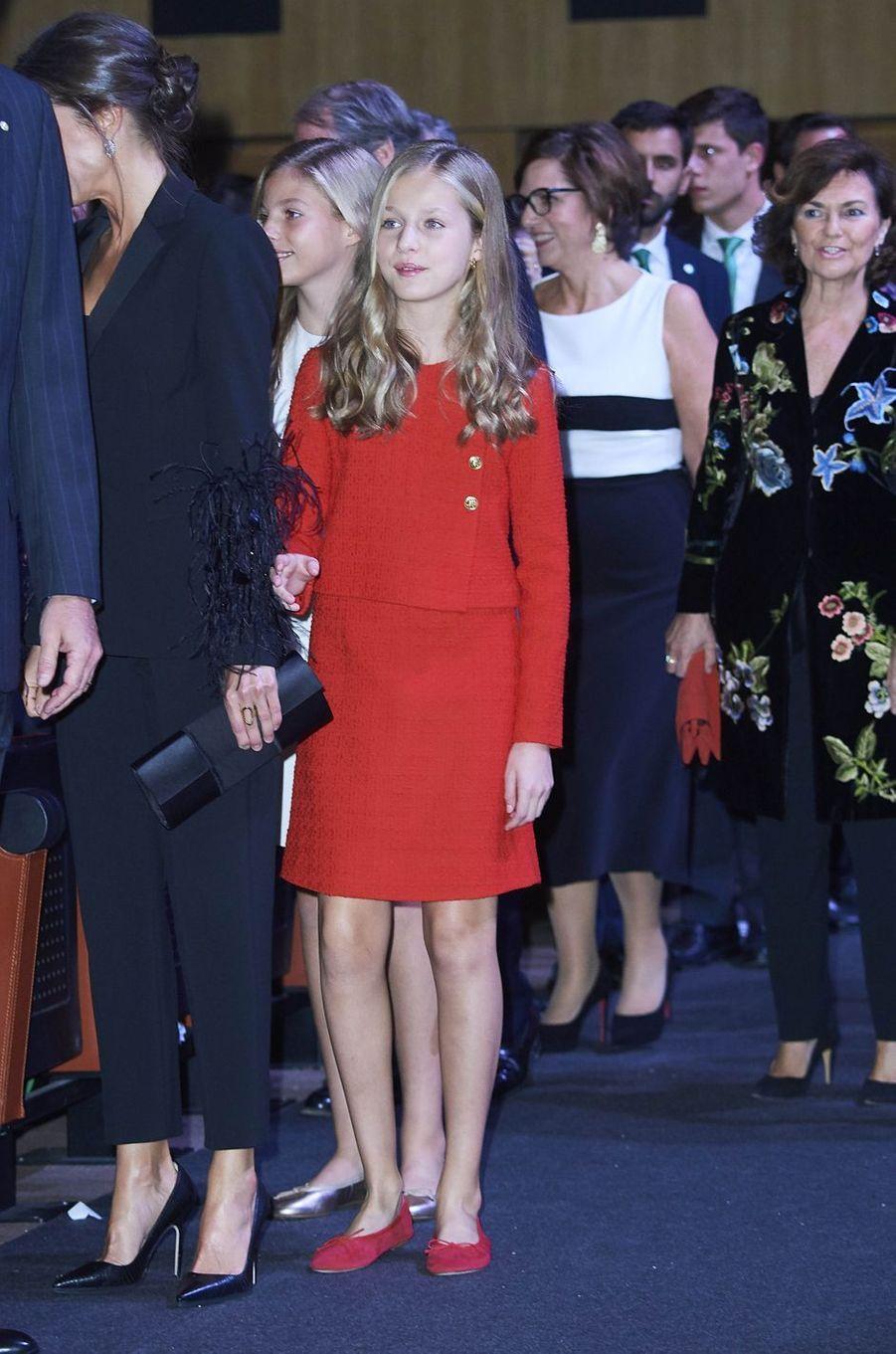 La reine Letizia d'Espagne et ses filles à Barcelone, le 4 novembre 2019