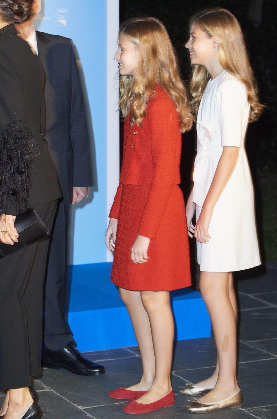 Les princesses Leonor et Sofia d'Espagne à Barcelone, le 4 novembre 2019
