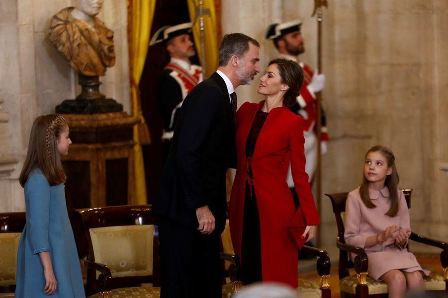 Les princesses Leonor et Sofia avec la reine Letizia et le roi Felipe VI d'Espagne à Madrid, le 30 janvier 2018