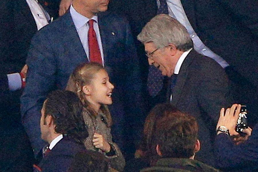 La princesse Leonor d'Espagne au stade Vicente-Calderón à Madrid, le 27 avril 2016