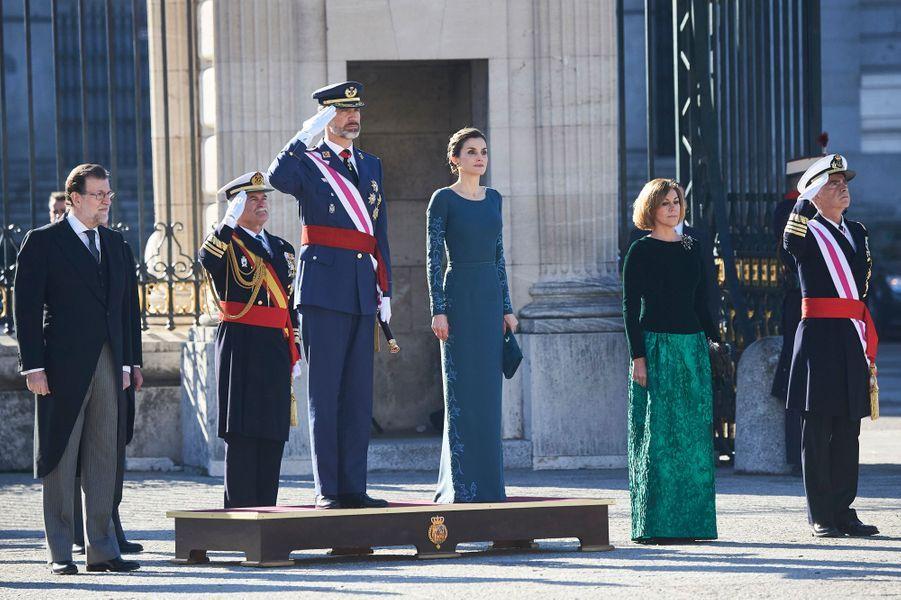 Letizia Felipe VI Espagne Paque Militaire Madrid 6 Janv 2016 11