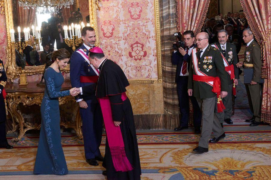 Letizia Felipe VI Espagne Paque Militaire Madrid 6 Janv 2016 13