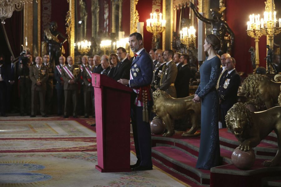 Letizia Felipe VI Espagne Paque Militaire Madrid 6 Janv 2016 20
