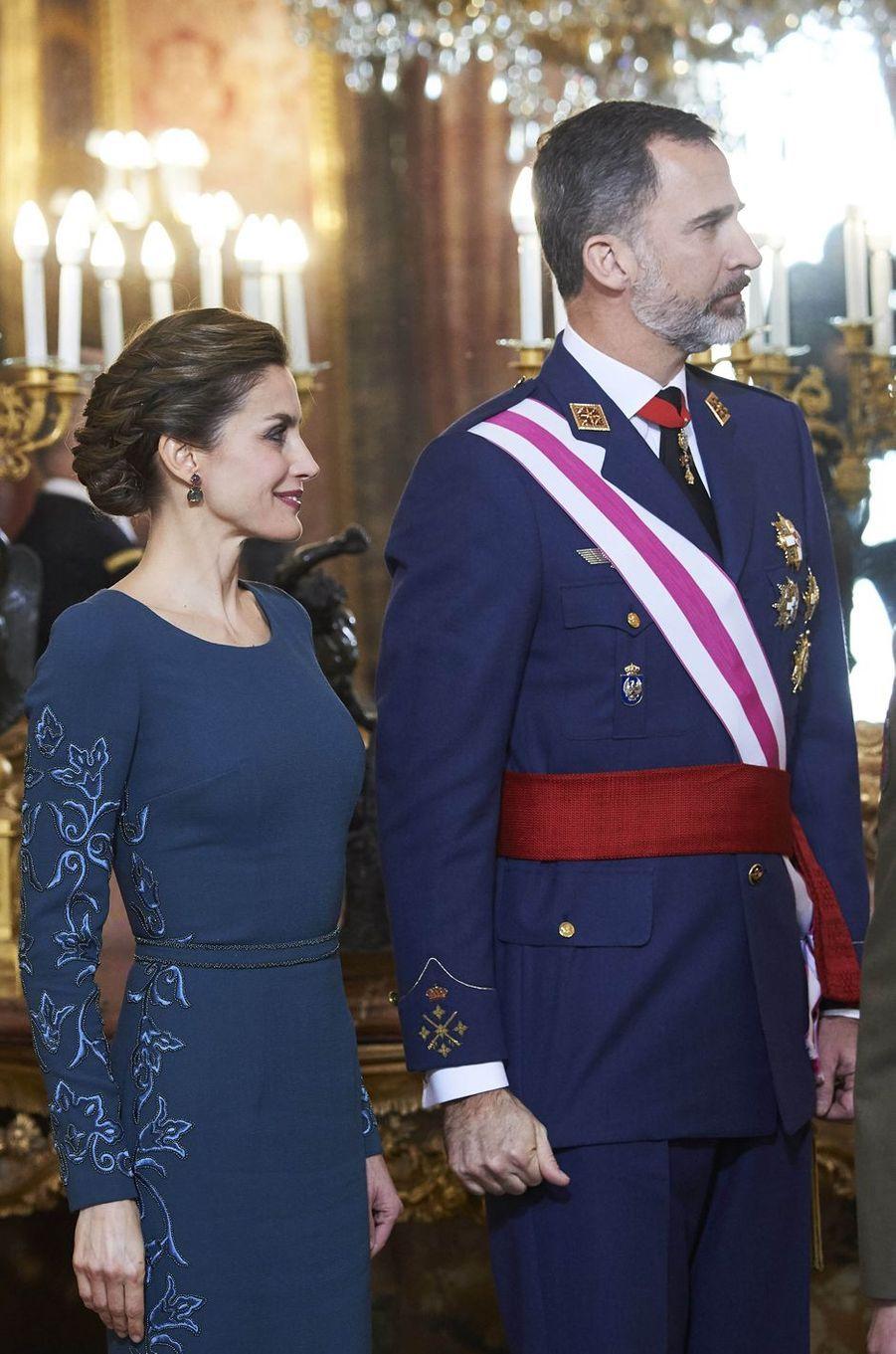 Letizia Felipe VI Espagne Paque Militaire Madrid 6 Janv 2016 6