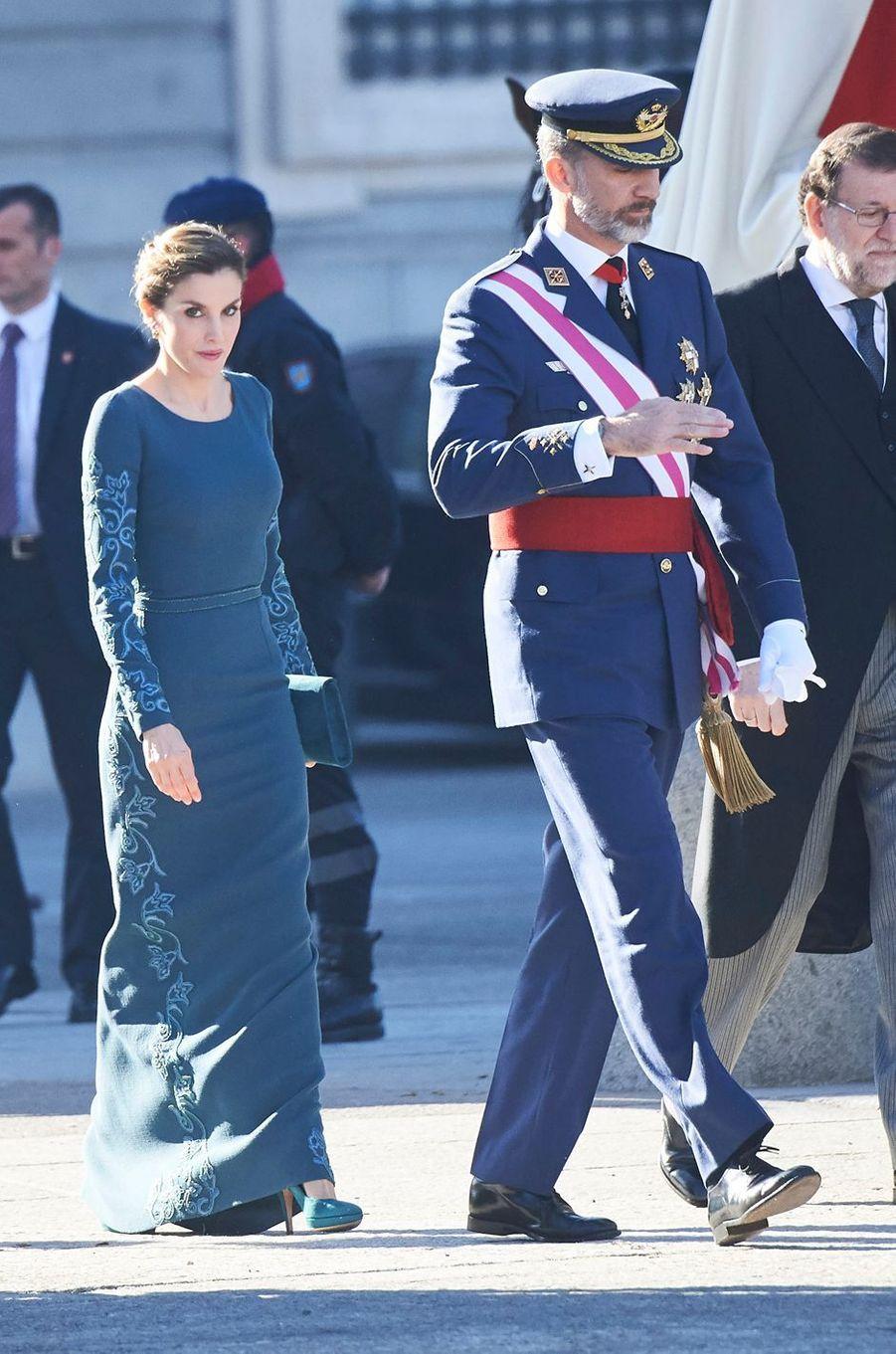 La reine Letizia et le roi Felipe VI d'Espagne lors de la cérémonie militaire de la Pascua militar à Madrid, le 6 janvier 2017