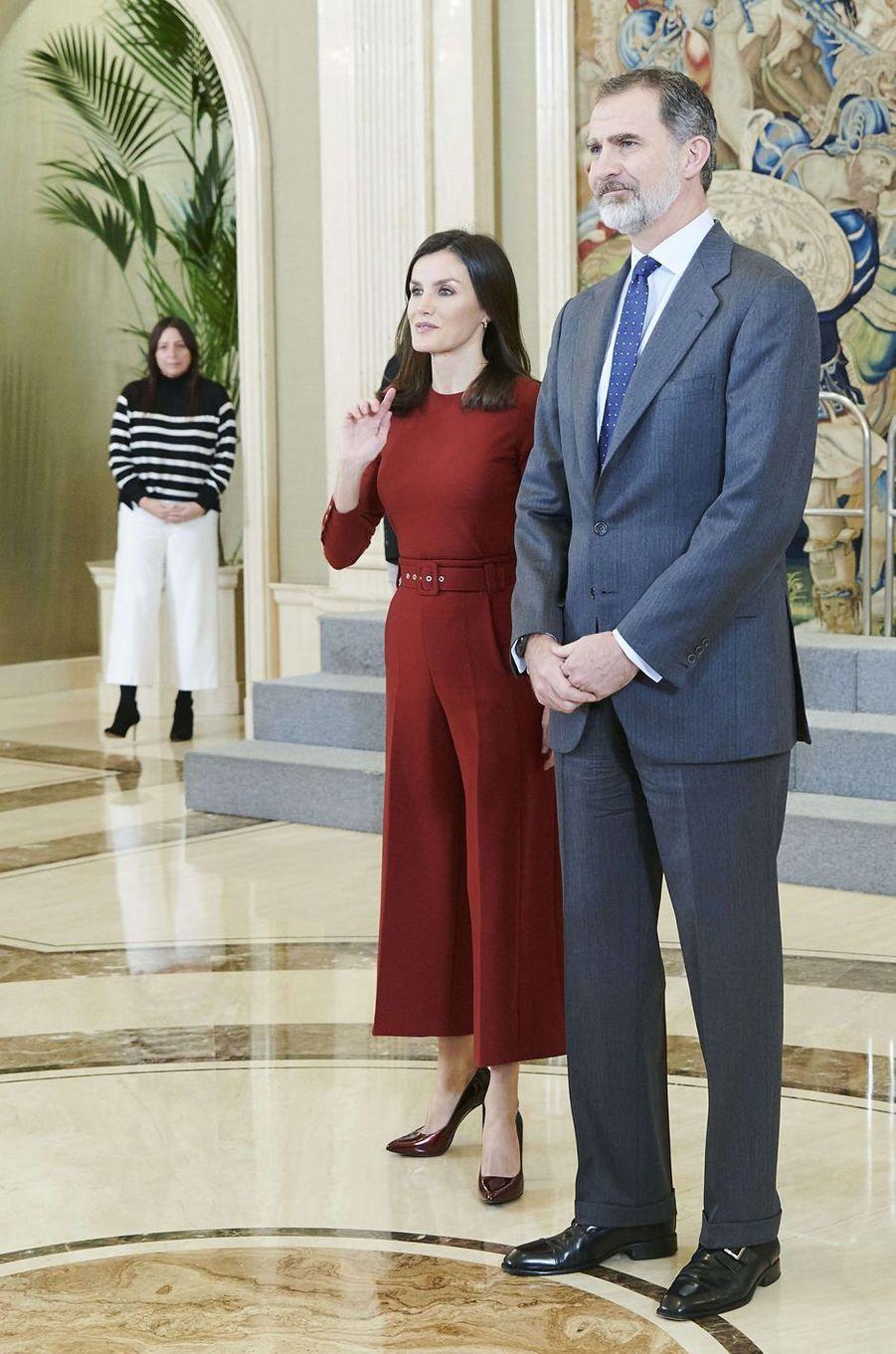 La reine Letizia et le roi Felipe VI d'Espagne au palais de la Zarzuela à Madrid, le 31 janvier 2020