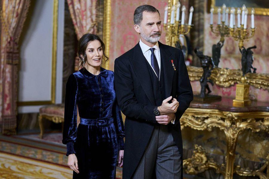 La reine Letizia et le roi Felipe VI d'Espagne au Palais royal à Madrid, le 5 février 2020