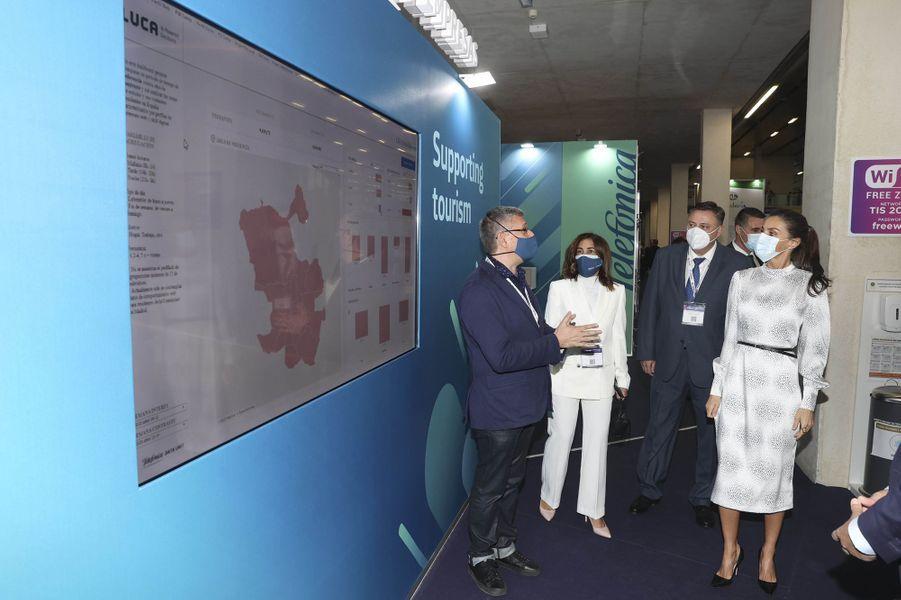 La reine Letizia d'Espagne à Séville, le 25 novembre 2020