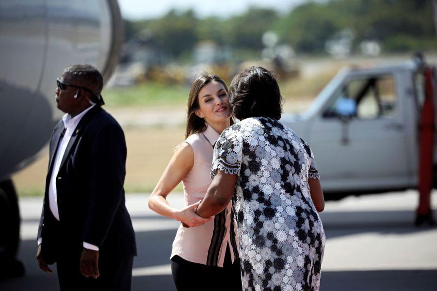 La reine Letizia d'Espagne à son arrivée à Port-au-Prince, le 22 mai 2018