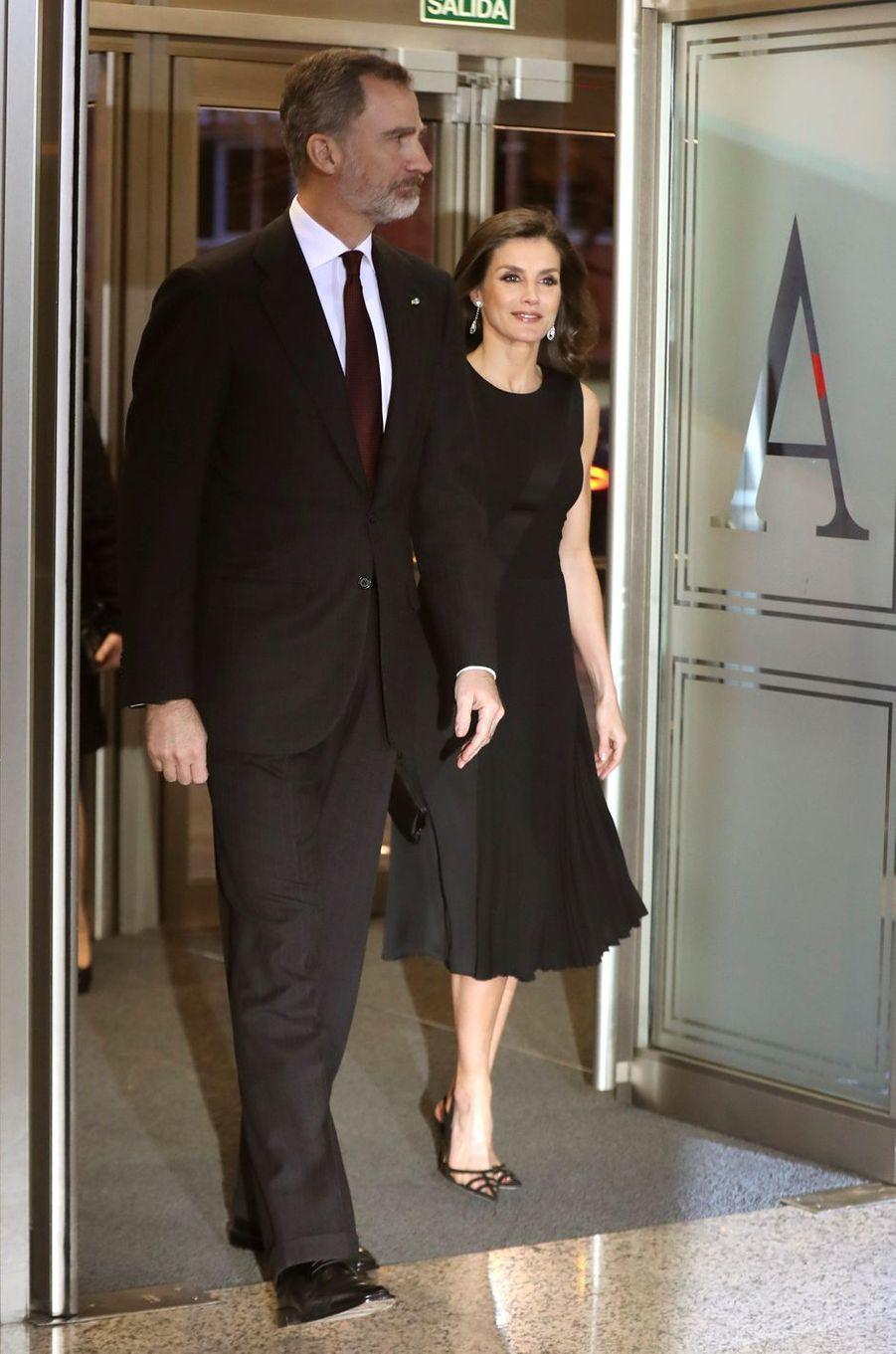 La reine Letizia, en Hugo Boss, et le roi Felipe VI d'Espagne à Madrid, le 7 mars 2019