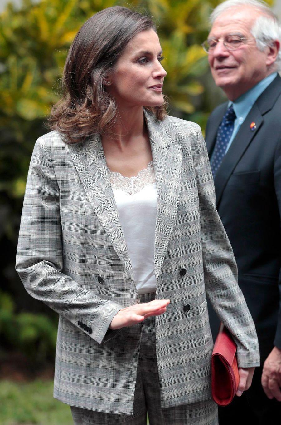 La reine Letizia d'Espagne à Lima au Pérou, le 13 novembre 2018