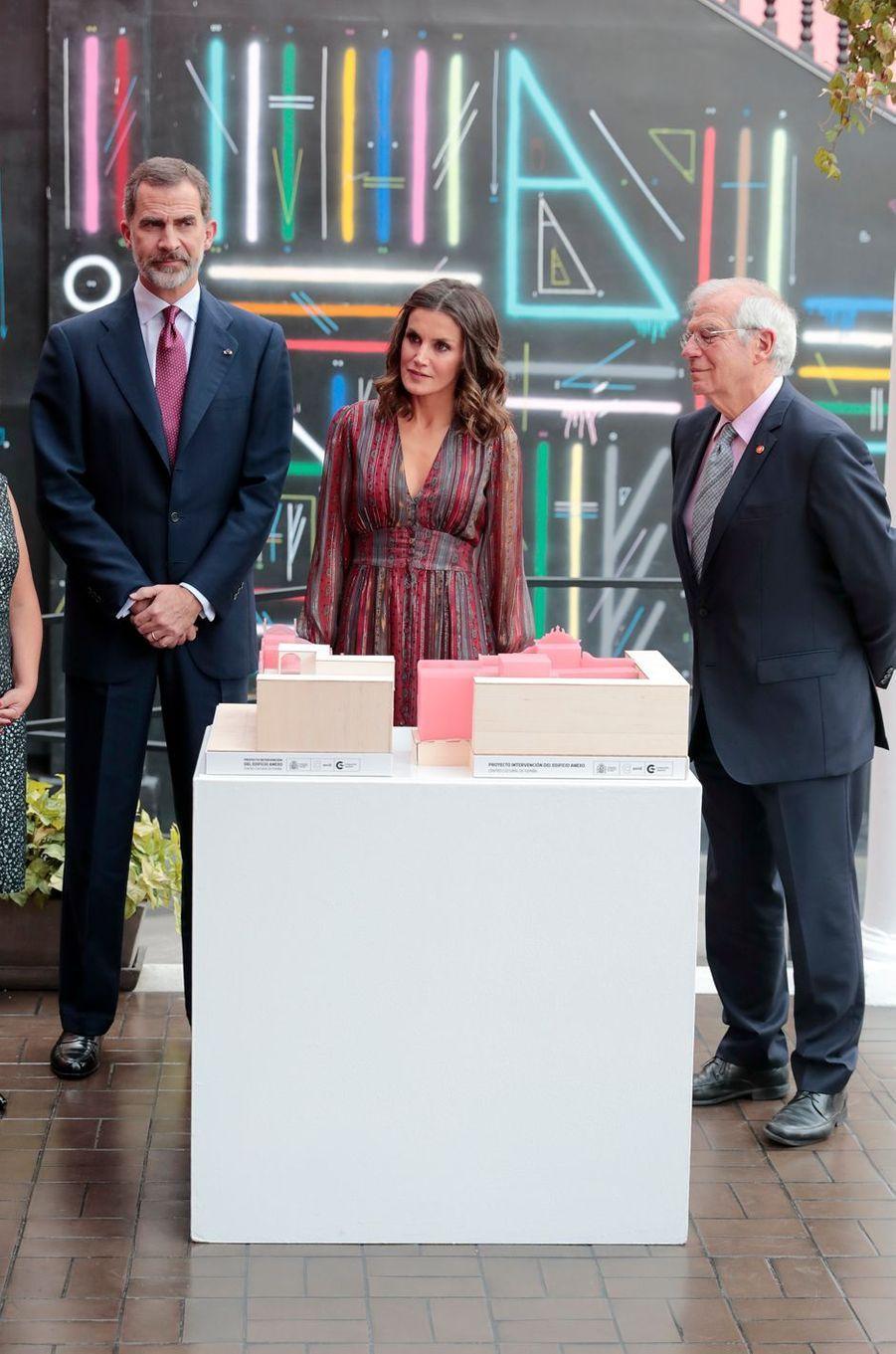 La reine Letizia et le roi Felipe VI d'Espagne à Lima, le 13 novembre 2018