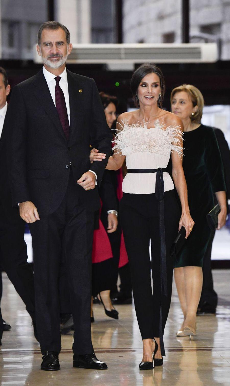 La reine Letizia et le roi Felipe VI d'Espagne à Oviedo, le 17 octobre 2019