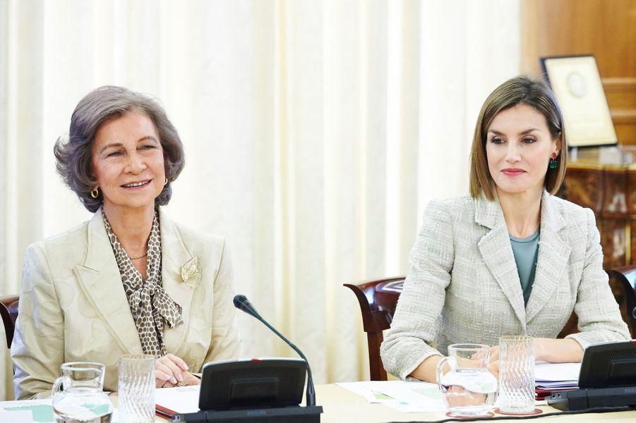 L'ex-reine Sofia et la reine Letizia d'Espagne au palais de la Zarzuela à Madrid, le 29 septembre 2015