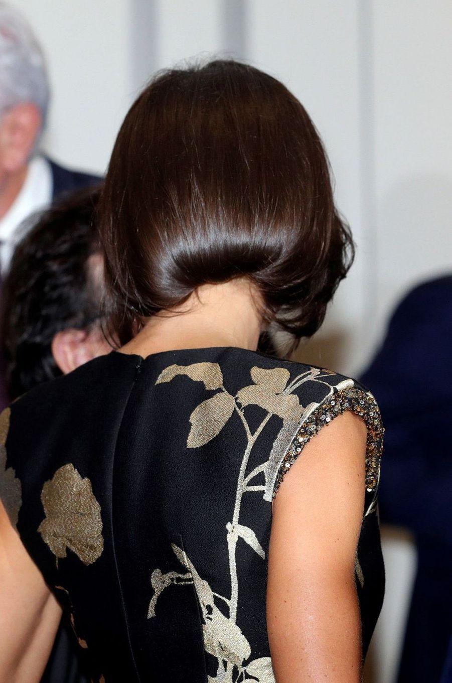 La coiffure de la reine Letizia d'Espagne, vue de dos, à Madrid le 28 novembre 2019