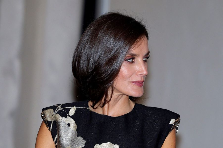 La coiffure de la reine Letizia d'Espagne à Madrid, le 28 novembre 2019