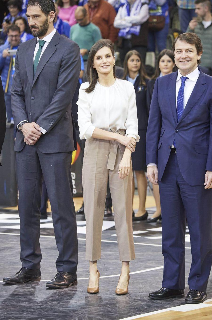 La reine Letizia d'Espagne, le 8 mars 2020 à Salamanque