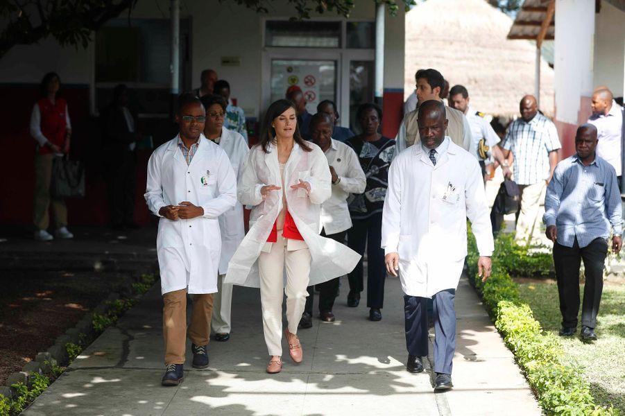 La reine Letizia d'Espagne à Maputo au Mozambique, le 29 avril 2019