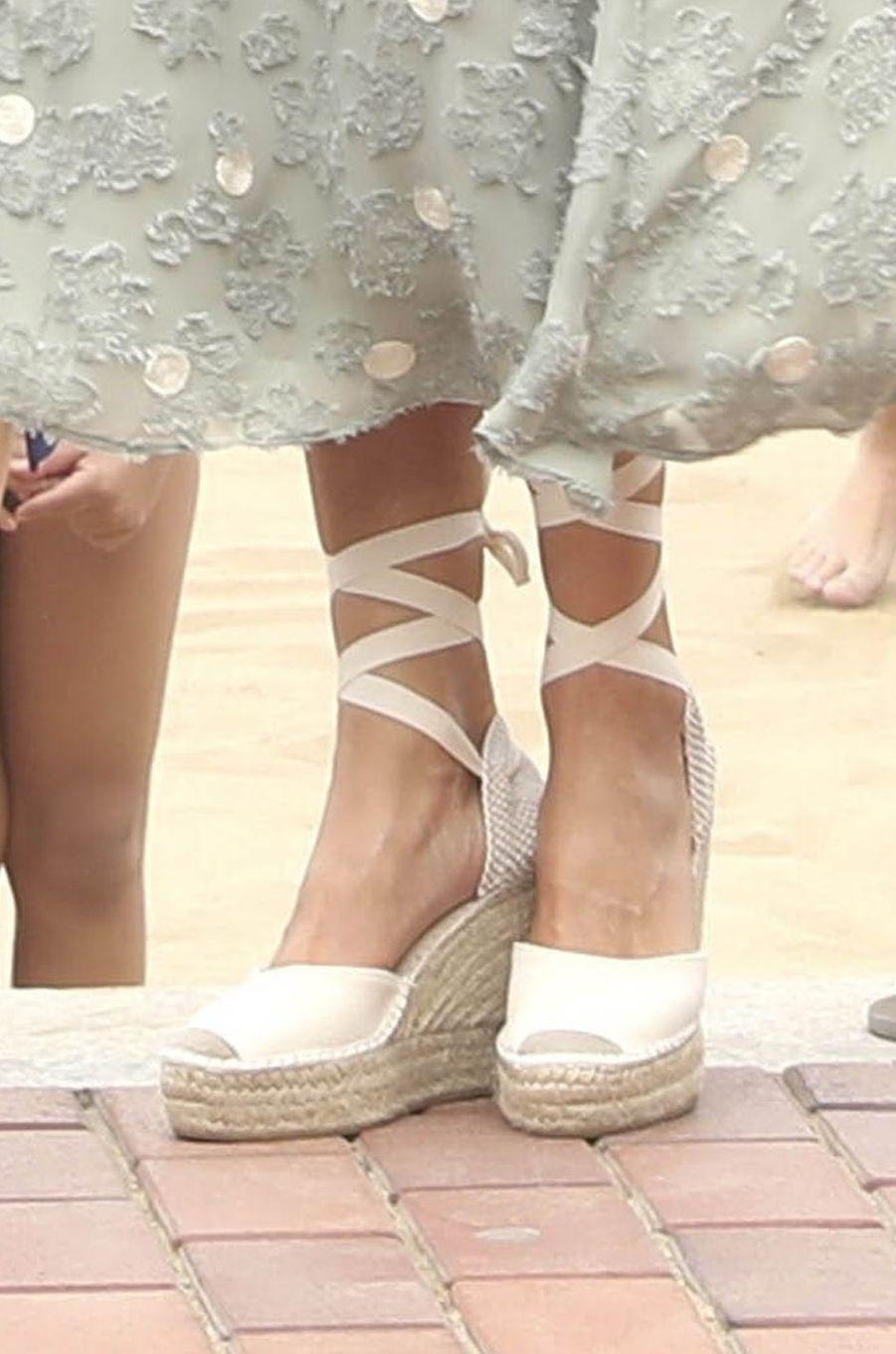 Les chaussures de la reine Letizia d'Espagne aux Canaries, le 23 juin 2020