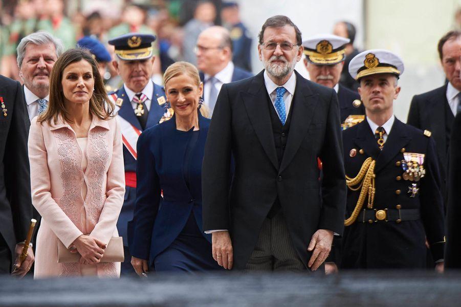 La reine Letizia d'Espagne avec Mariano Rajoy à Alcala de Henares, le 23 avril 2018