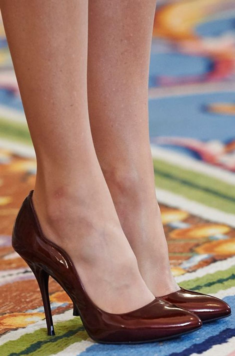 Les souliers de la reine Letizia d'Espagne au Palais de la Zarzuella à Madrid, le 30 octobre 2015