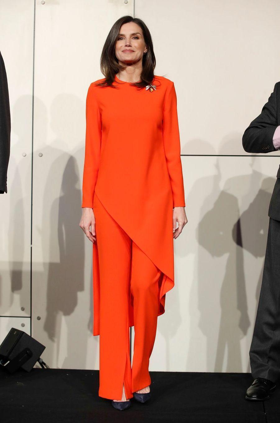 La reine Letizia d'Espagne dans un look Zara à Buenos Aires, le 26 mars 2019