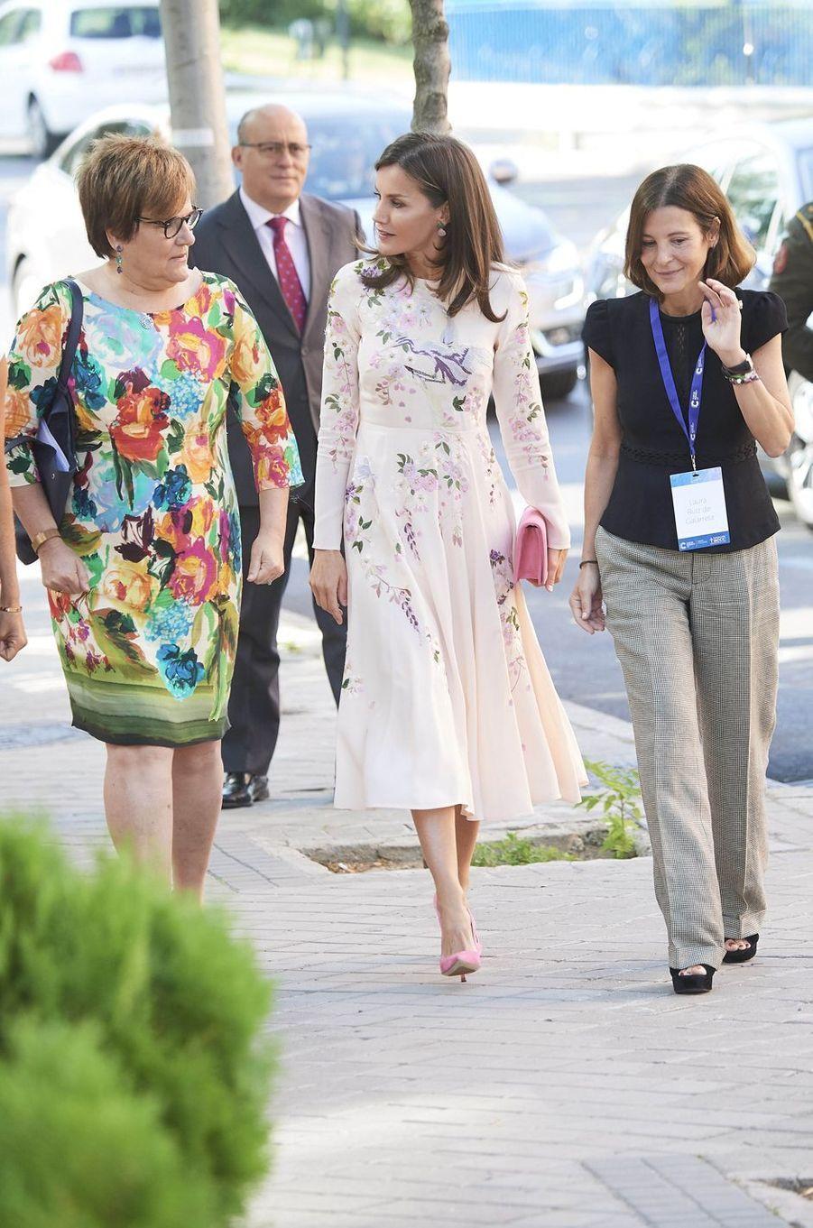 La reine Letizia d'Espagne en Asos à Madrid, le 8 juillet 2019