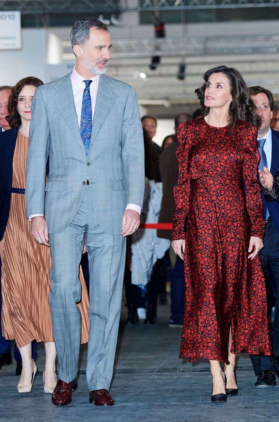 La reine Letizia, dans une robe Maje, et le roi Felipe VI d'Espagne à Madrid, le 27 février 2020