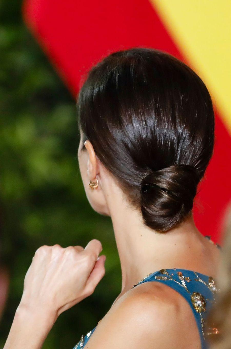 La coiffure de la reine Letizia d'Espagne à Buenos Aires, le 25 mars 2019