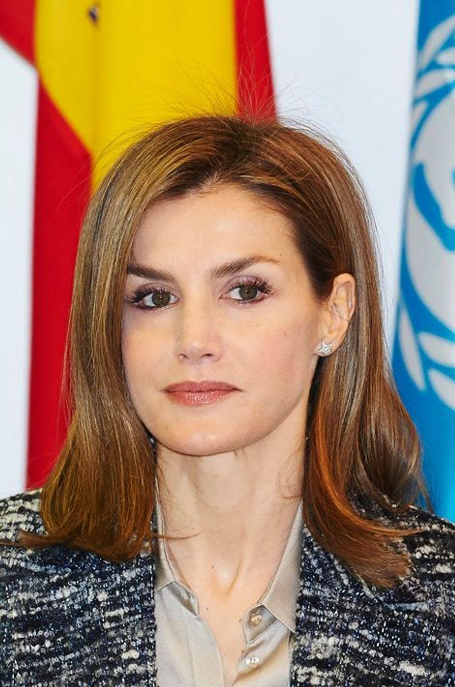 La reine Letizia d'Espagne préside le comité espagnol de l'Unicef à Madrid, le 16 mars 2015