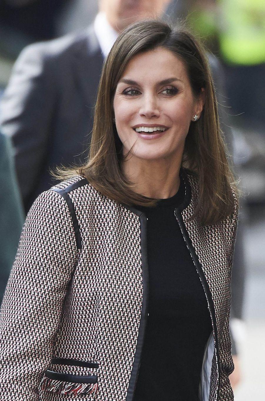 La reine Letizia d'Espagne très souriante à Madrid, le 5 avril 2018