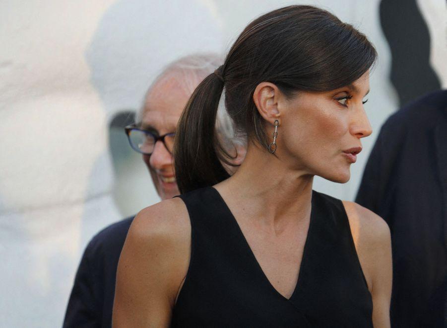 La coiffure de la reine Letizia d'Espagne sur l'île de Majorque aux Baléares, le 2 juillet 2019