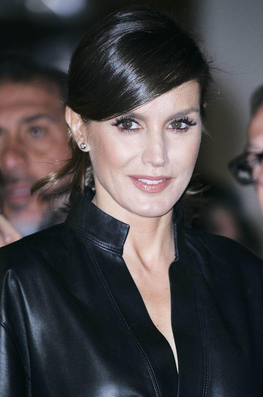 Le maquillage de la reine Letizia d'Espagne à Madrid, le 28 février 2019