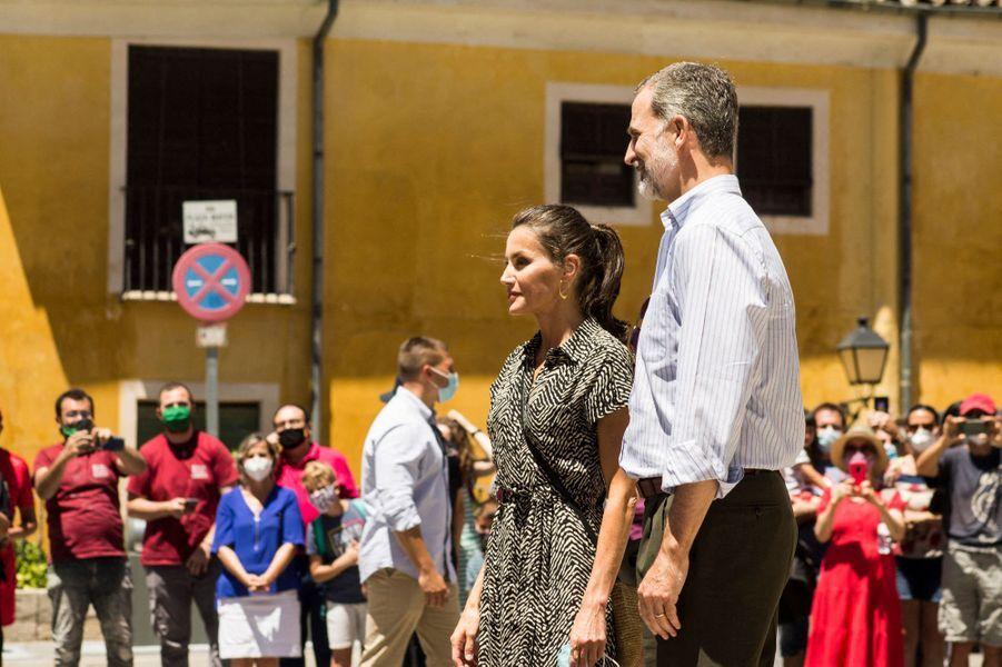 La reine Letizia et le roi Felipe VI d'Espagne à Cuenca, le 2 juillet 2020