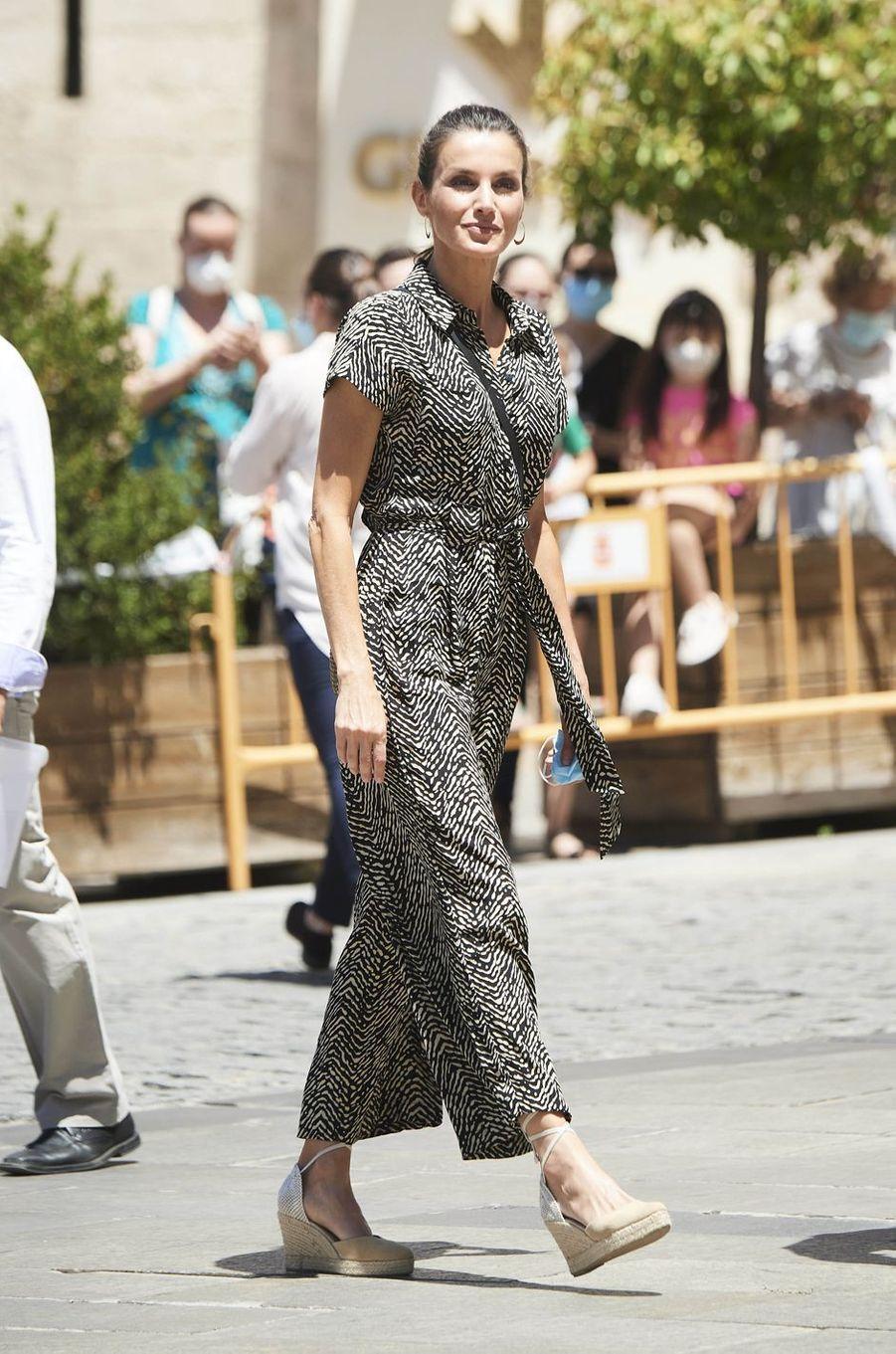 La reine Letizia d'Espagne à Cuenca, le 2 juillet 2020