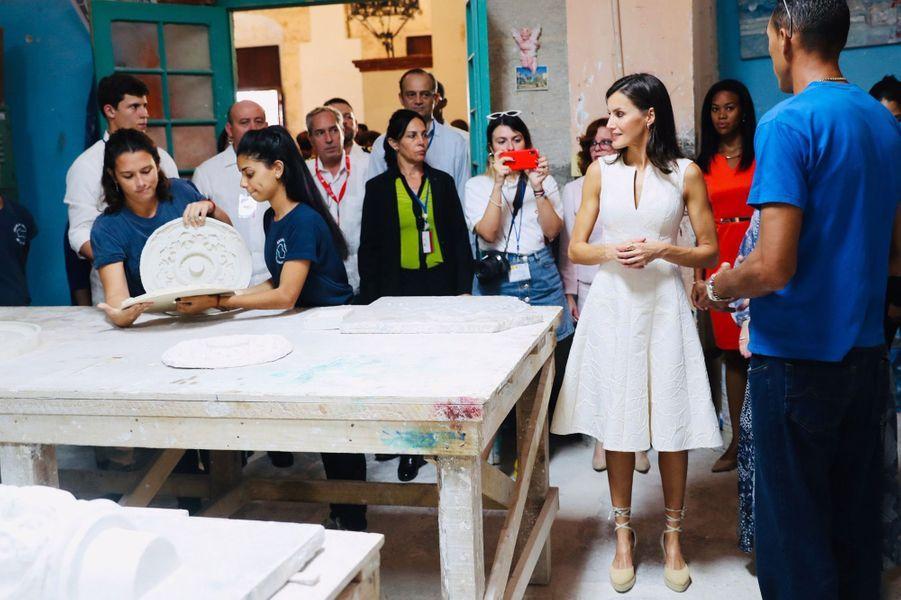 La reine Letizia d'Espagne et la First Lady cubaine à La Havane, le 12 novembre 2019