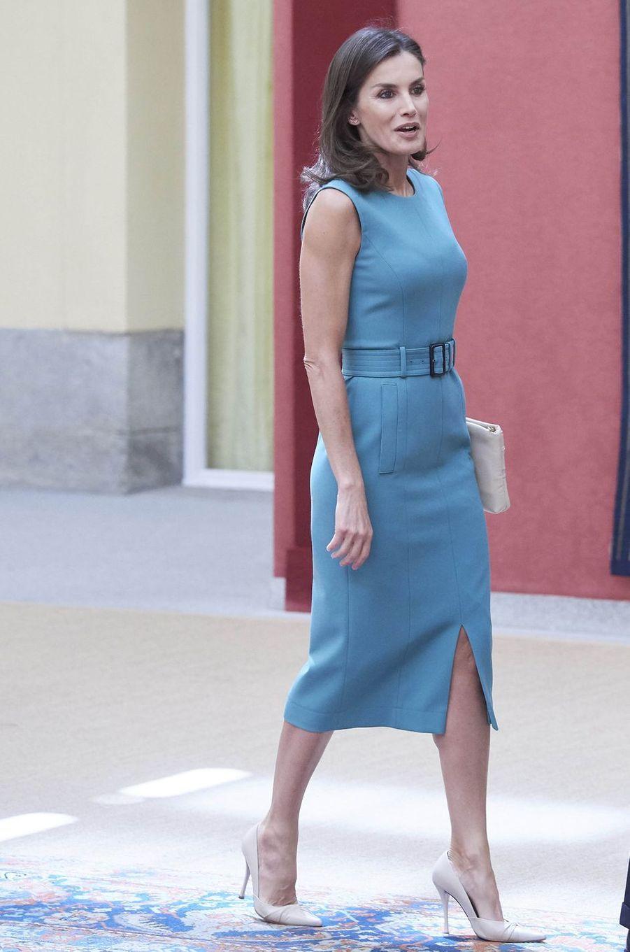 La reine Letizia d'Espagne en Hugo Boss à Madrid, le 26 juin 2019
