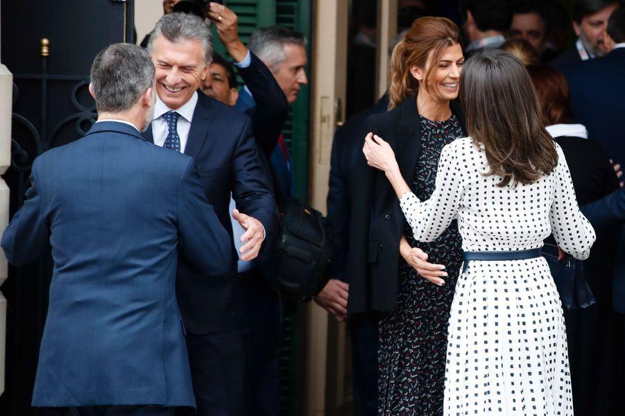 La reine Letizia et le roi Felipe VI d'Espagne avec le président Macri et sa femme à Cordoba en Argentine, le 27 mars 2019