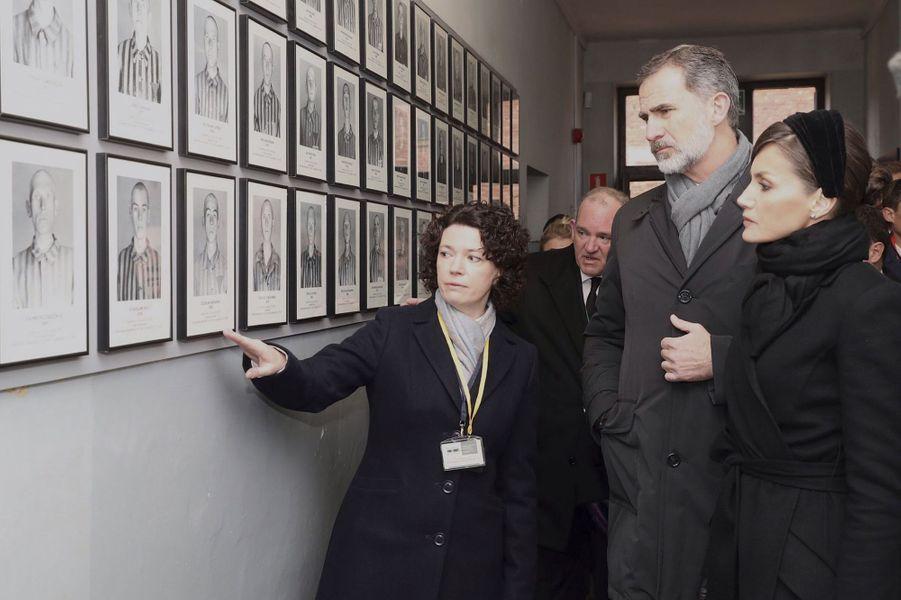 La reine Letizia et le roi Felipe VI d'Espagne dans le camp d'Auschwitz-Birkenau, le 27 janvier 2020