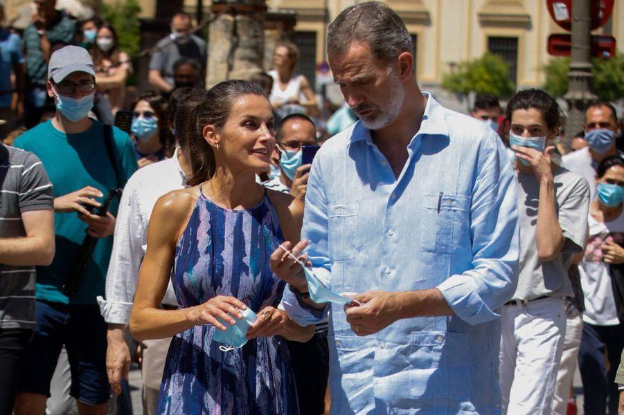 La reine Letizia et le roi Felipe VI d'Espagne, le 29 juin 2020 à Séville