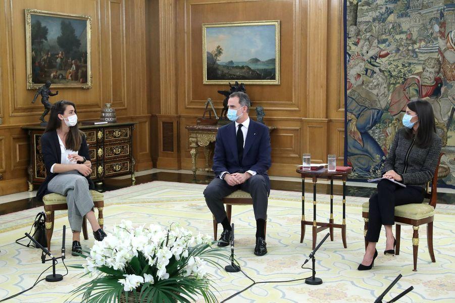 La reine Letizia et le roi Felipe VI d'Espagne à Madrid, le 28 mai 2020