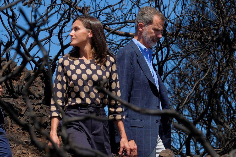La reine Letizia et le roi Felipe VI d'Espagne sur l'île de Grande Canarie, le 23 septembre 2019