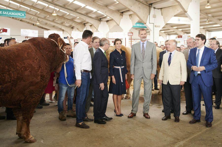 La reine Letizia, en Hugo Boss, et le roi Felipe VI d'Espagne à Salamanque, le 5 septembre 2018